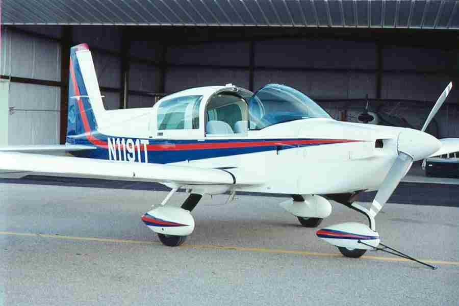 Cleaned engine 1991 Grumman Tiger aircraft