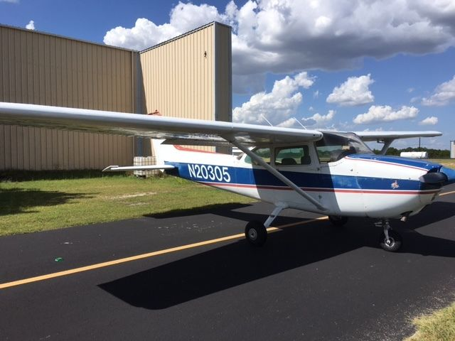 Hail damage 1972 Cessna 172M