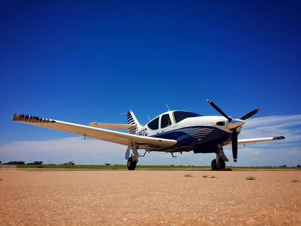 demonstration plane 1995 Rockwell Commander 114TC iarcraft