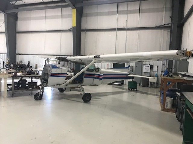 disassembled 1982 Cessna Skyhawk aircraft