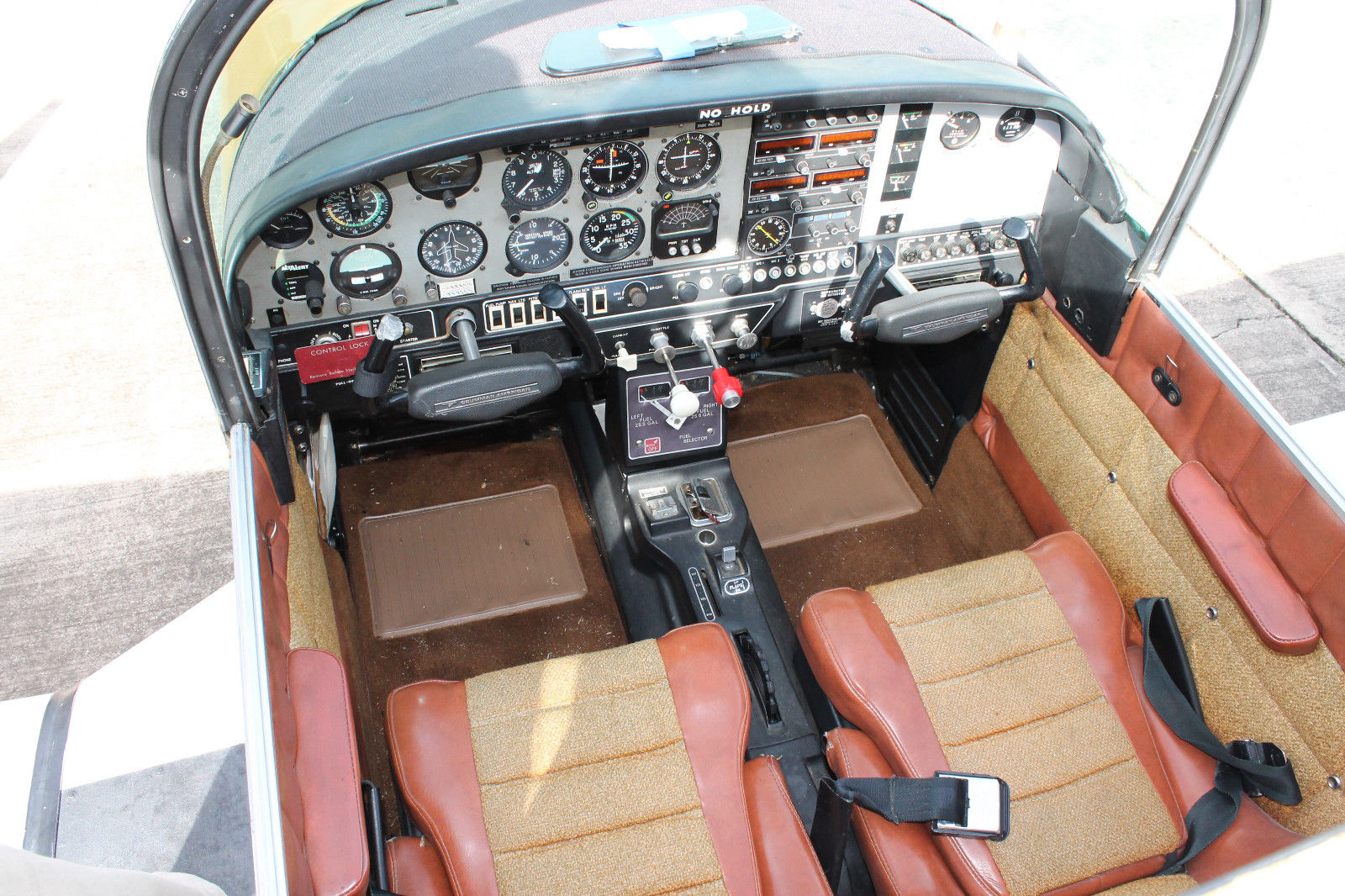mini restoration 1976 Grumman Tiger AA 5B aircraft