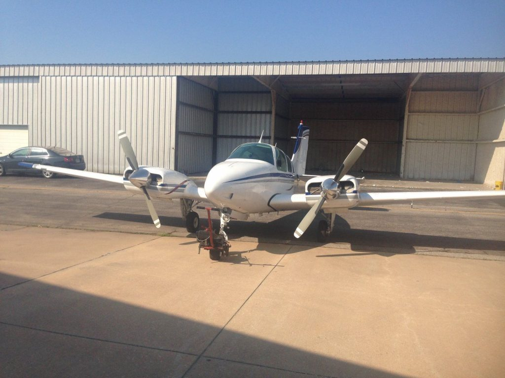 hangared 1969 Beechcraft Baron B55 aircraft