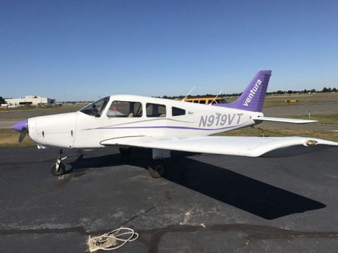 new upholstery 1981 Piper Warrior aircraft for sale