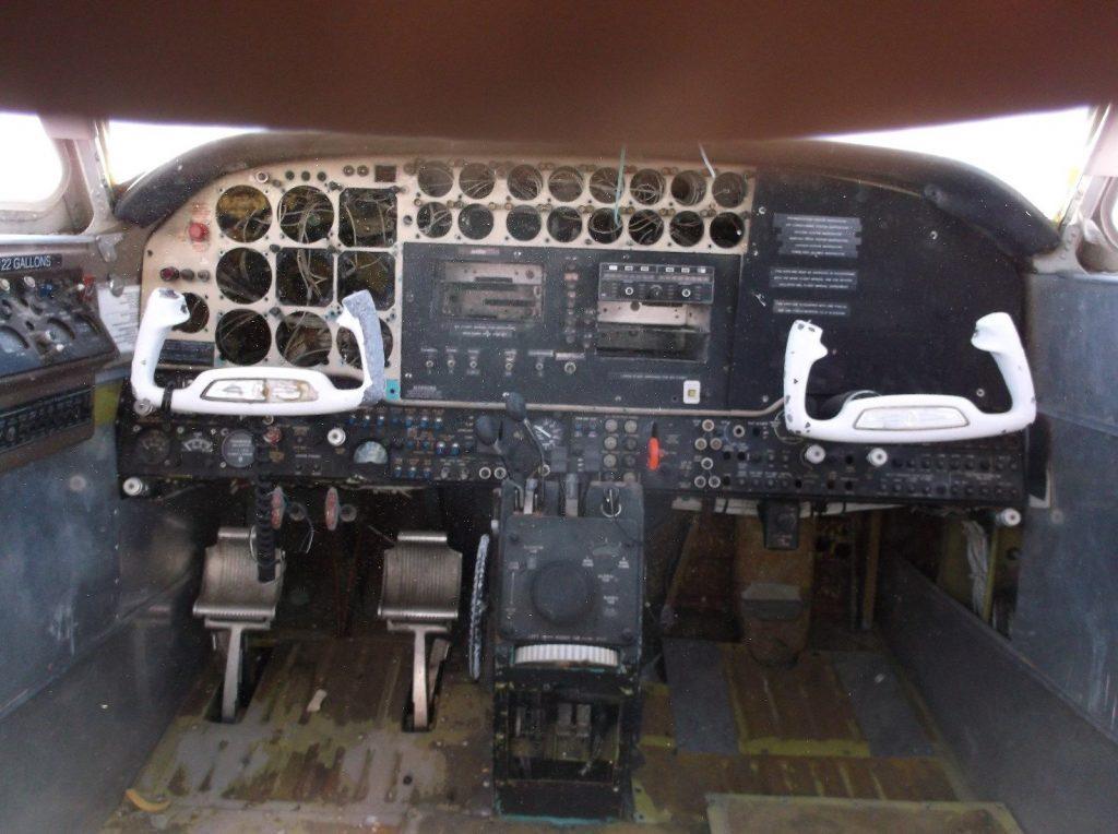 complete body 1966 Beechcraft KING AIR 90 aircraft