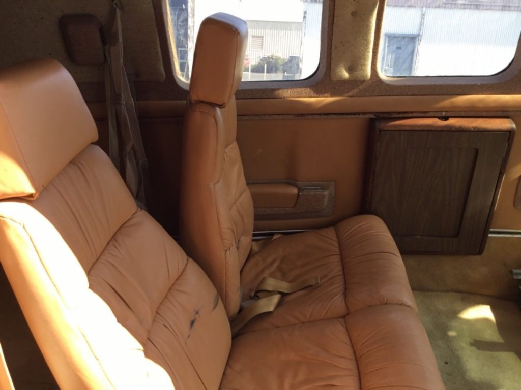 Air Conditioned 1981 Beechcraft A36 aircraft