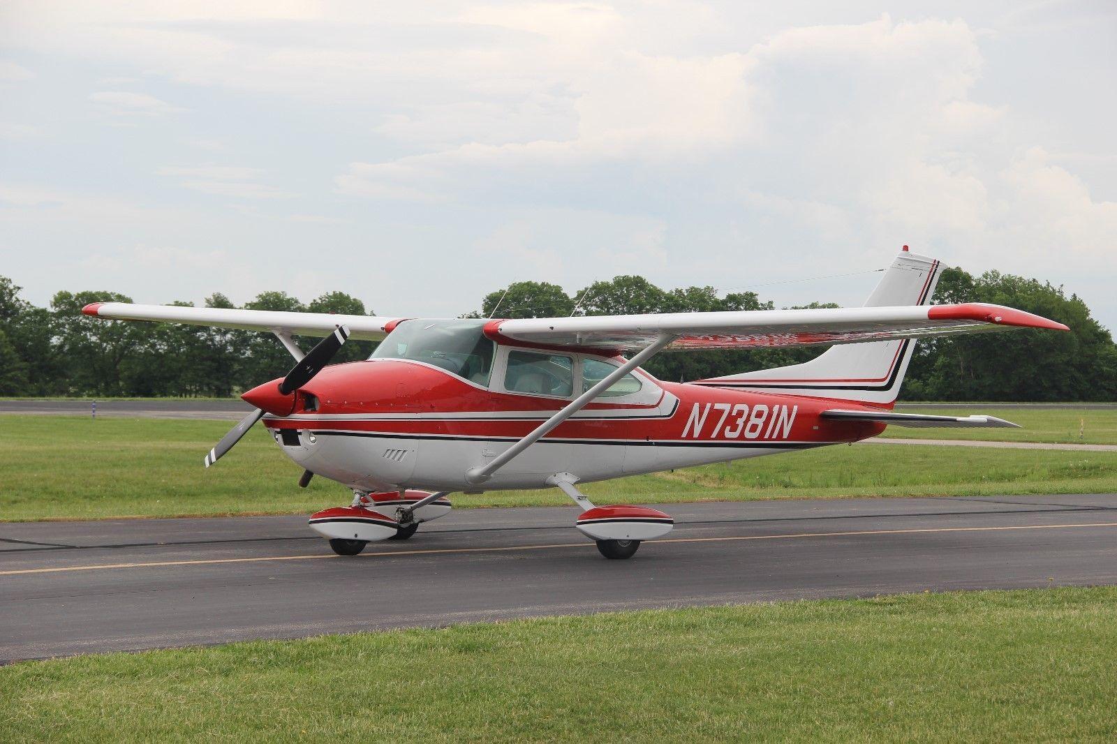 hangared 1974 Cessna 182P SKYLANE aircraft for sale