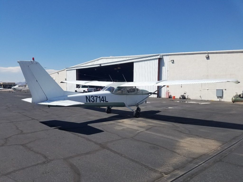 clean 1965 Cessna 172 Aircraft
