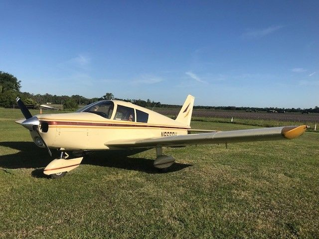 Clean 1965 Piper PA 28 Cherokee aircraft for sale