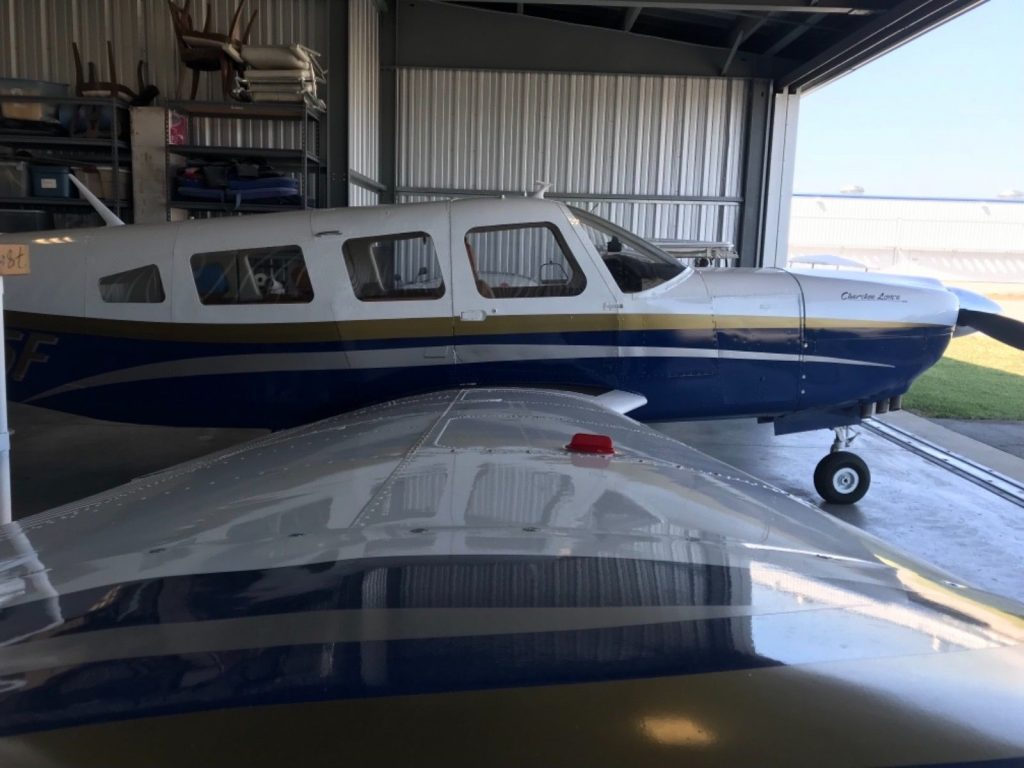 great condition 1976 Piper Lance aircraft