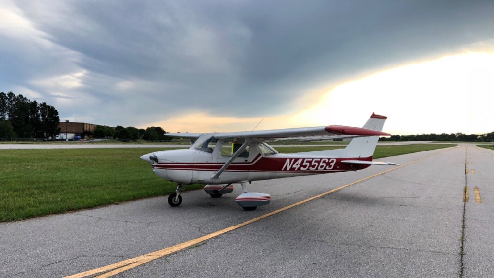 great shape 1975 Cessna 150 M aircraft for sale