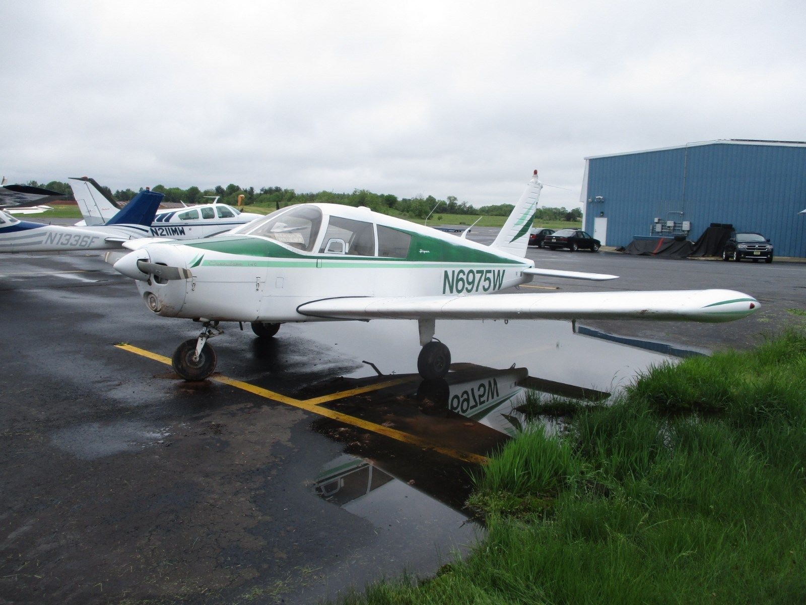 low hours 1965 Piper Cherokee 140 aircraft for sale