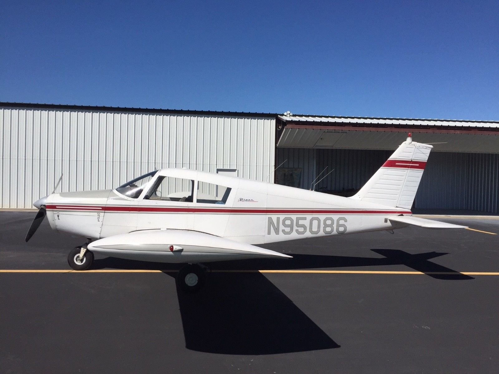low time 1969 Piper Cherokee 140B aircraft