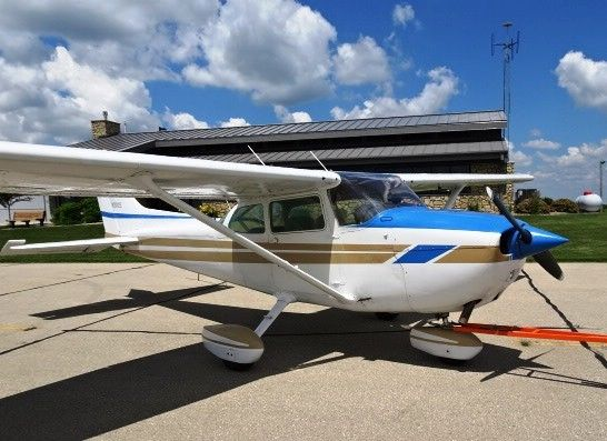 Very Low time 1979 Cessna 172N Skyhawk aircraft for sale