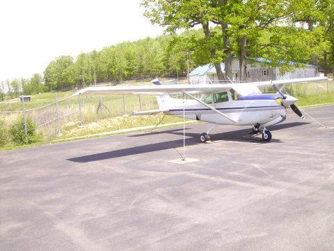 hangared 1980 Cessna 172 RG CUTLASS aircraft for sale