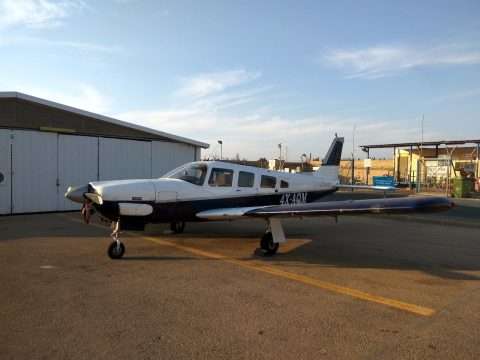 very nice 1976 Piper Lance PA32 300R aircraft for sale