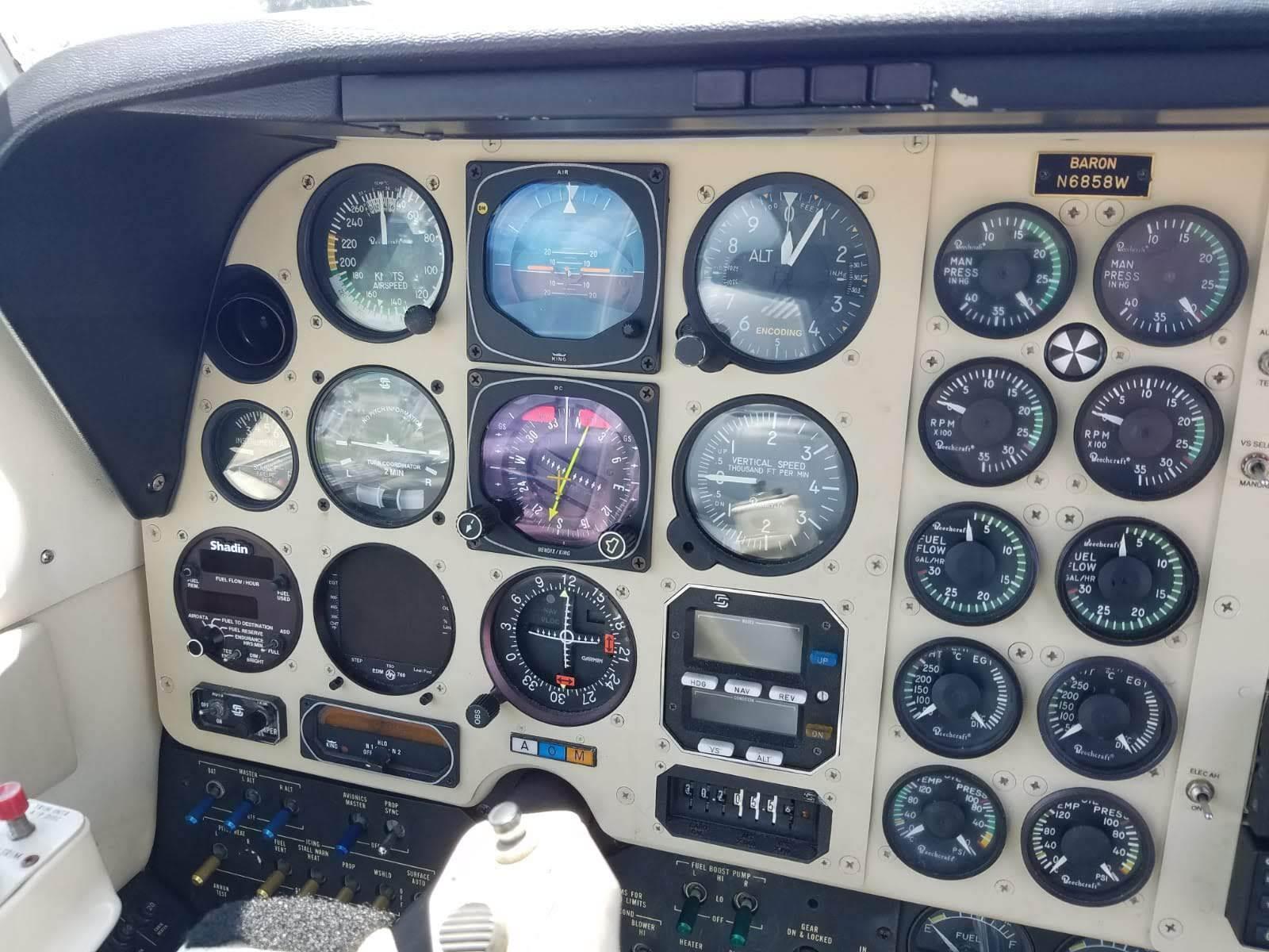 minor damage 1984 Beechcraft Baron B 58 aircraft