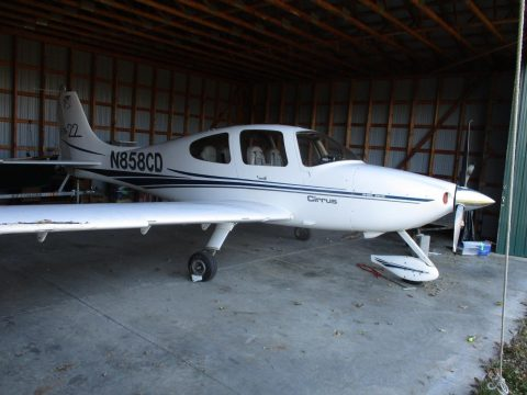 strong 2001 Cirrus aircraft for sale