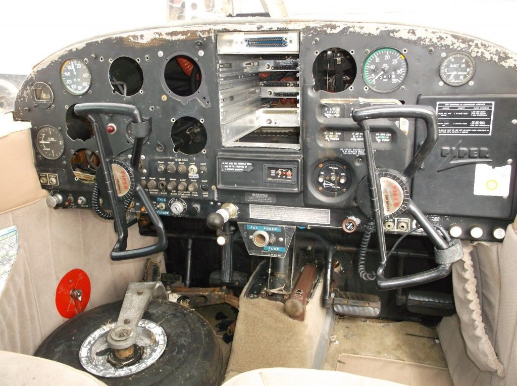 solid airframe 1964 Piper Cherokee 140 aircraft