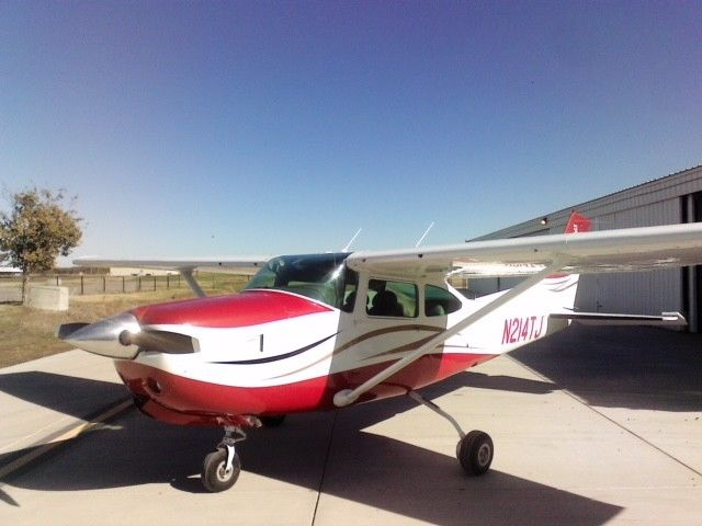 well maintained 1979 Cessna 182rg SKYLANE aircraft for sale