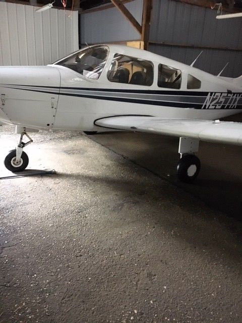 well cared of 1985 Piper PA 28 161 aircraft