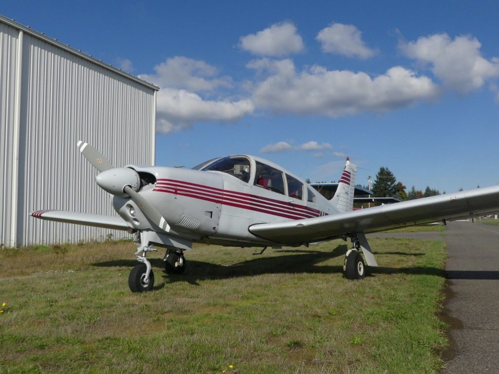 clean 1972 Piper Arrow PA 28R 200 aircraft