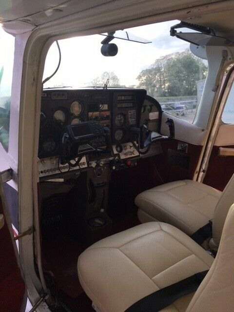 very nice 1965 Cessna Skylane aircraft