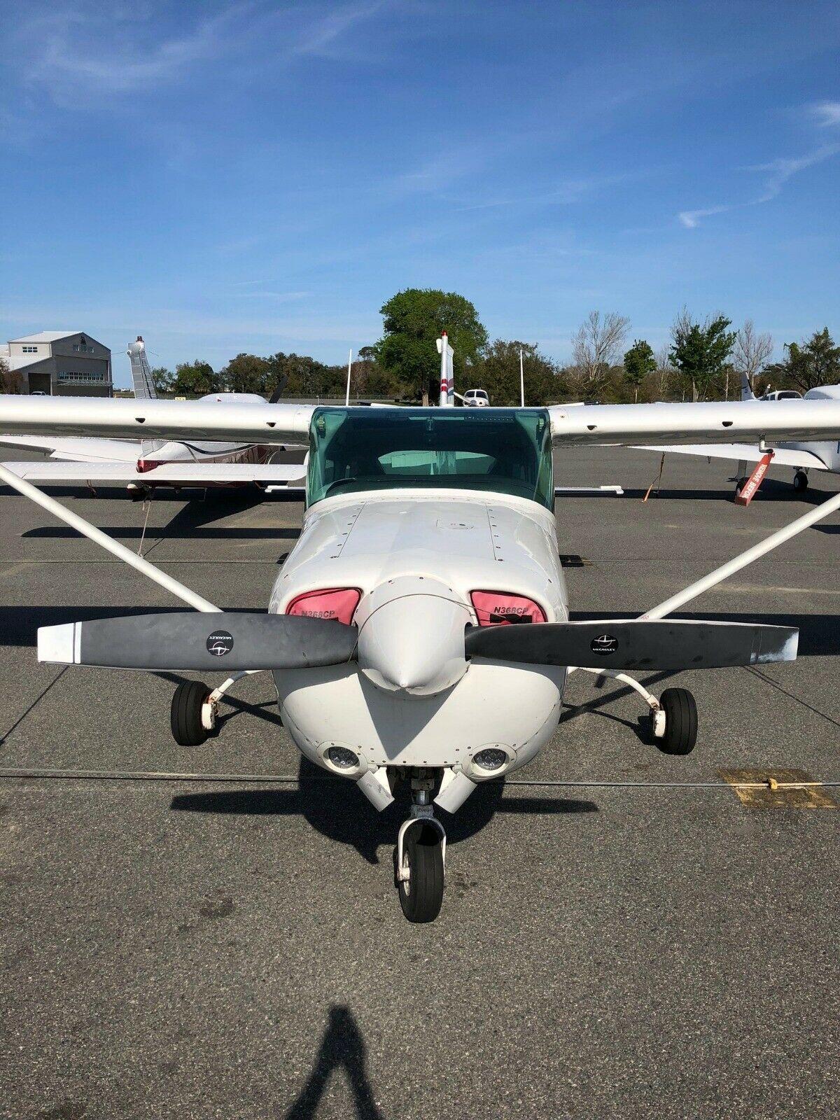 nice 1980 Cessna 182RG aircraft