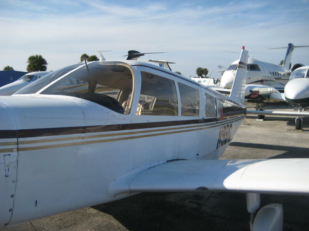 strong and fast 1967 Piper Cherokee Six 300 aircraft