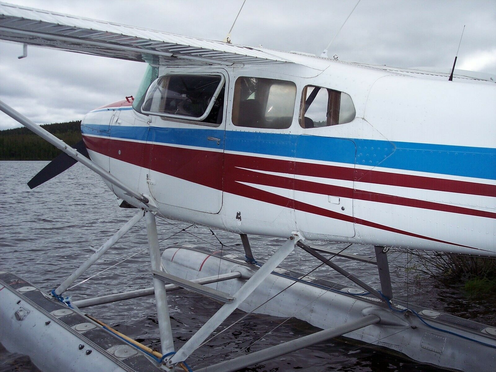 floats equipped 1972 Cessna 180 aircraft