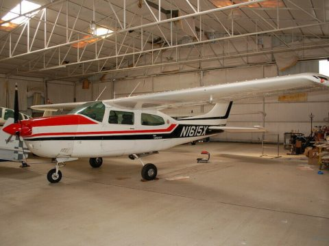 hangared 1975 Cessna T210l Turbo Centurion II aircraft for sale