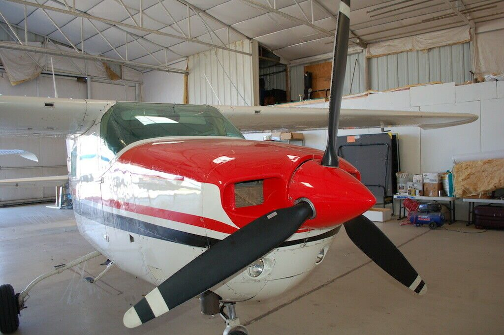hangared 1975 Cessna T210l Turbo Centurion II aircraft