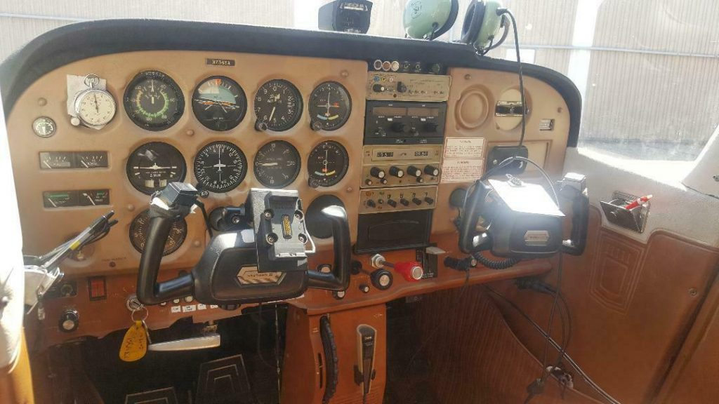hangared 1977 Cessna 172N aircraft