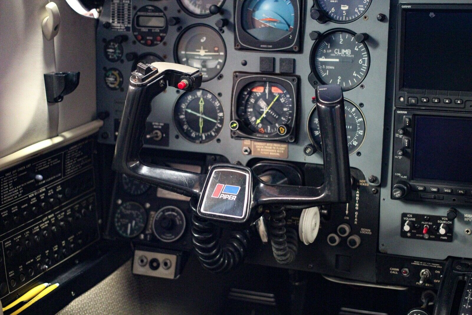 newer repaint 1984 Piper MOJAVE aircraft