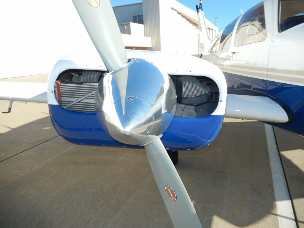 sharp 1978 Beechcraft Baron 55 aircraft