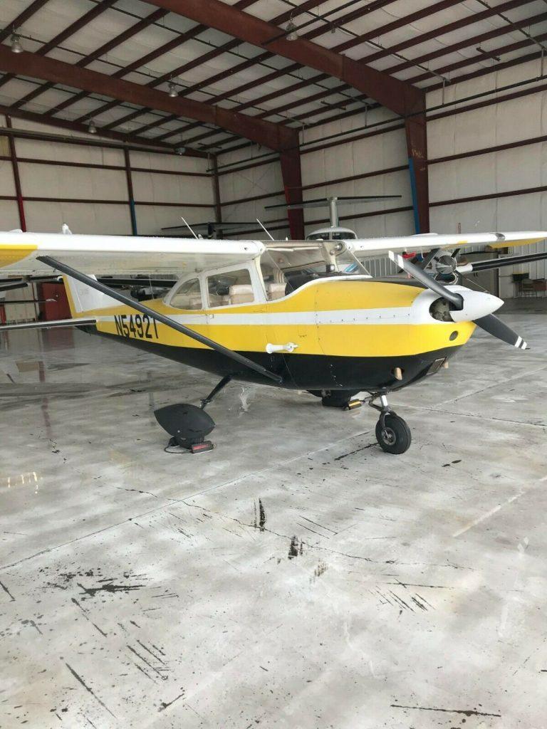 very nice 1964 Cessna 172 E aircraft