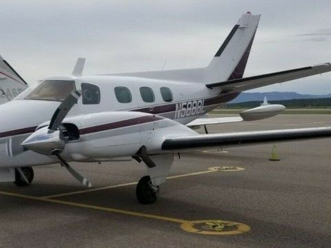 very nice 1969 Beechcraft Duke aircraft for sale