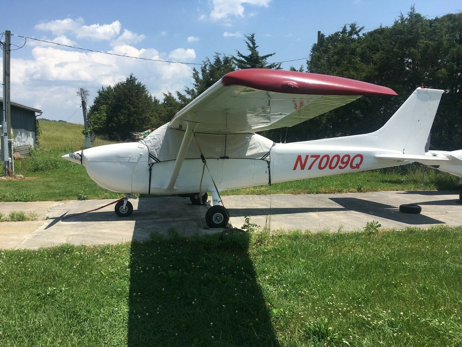 new paint 1972 Cessna 172L 180hp Horton aircraft