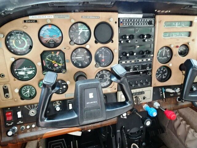 original paint 1978 Cessna 182 Skylane RG aircraft