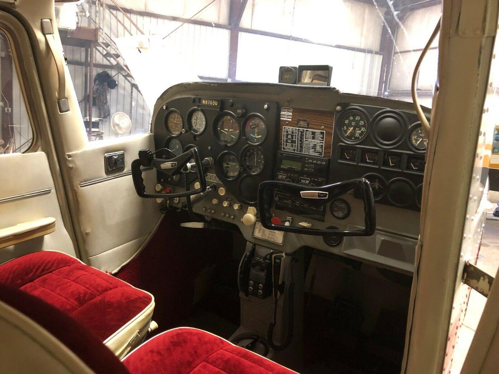 hangared 1965 Cessna 172F aircraft