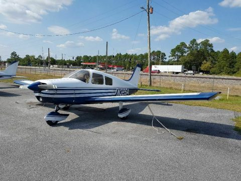 hangared 1977 Piper Cherokee 140 aircraft for sale