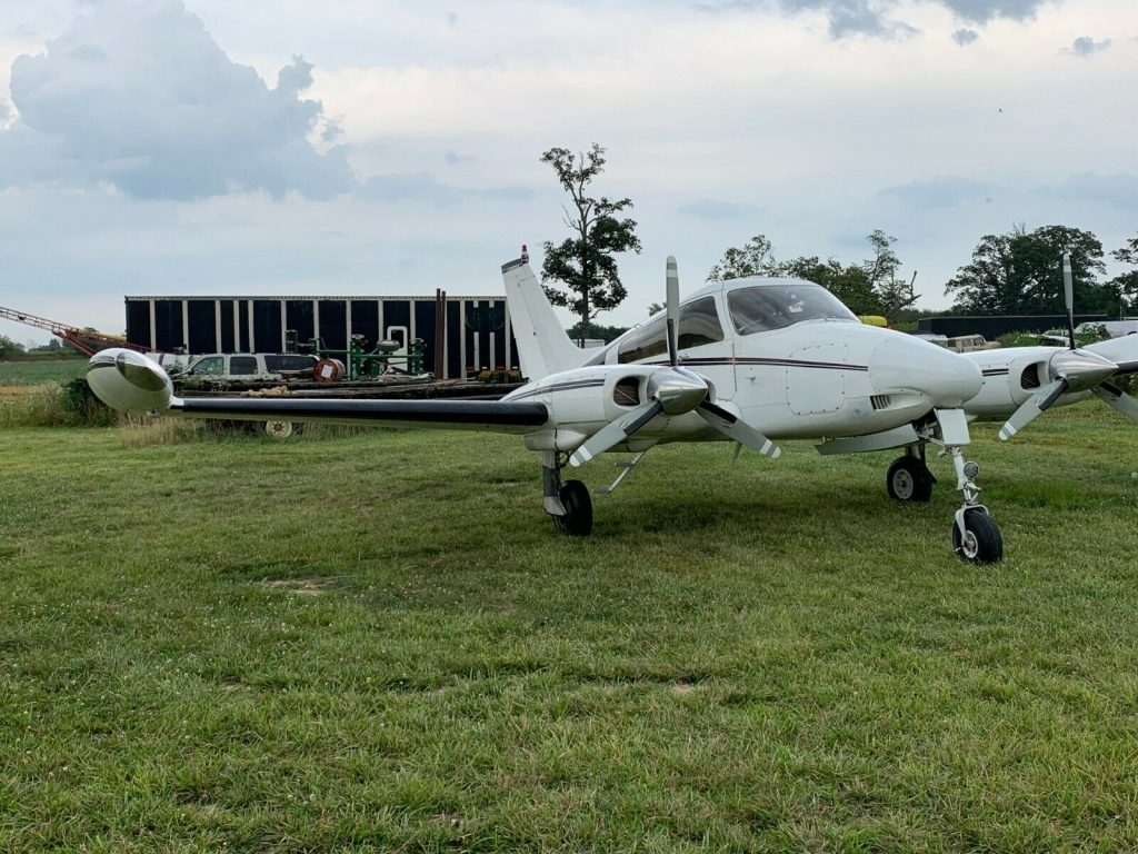 never damaged 1967 Cessna 310L aircraft