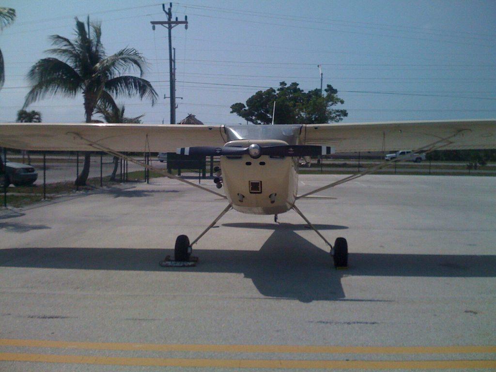 vintage 1947 Cessna 140 aircraft