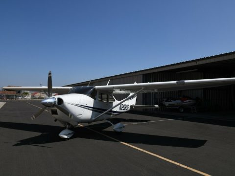 good shape 1966 Cessna 182J aircraft for sale