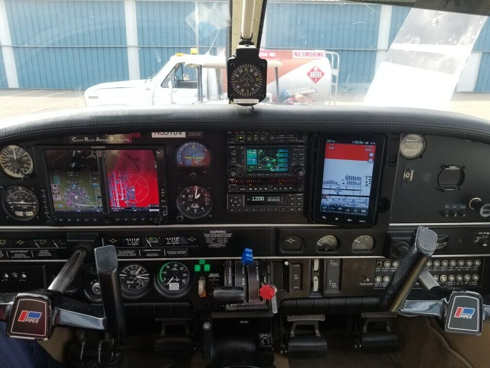 great shape 1977 Piper Lance aircraft