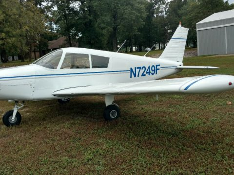 nice and clean 1968 Piper Cherokee 140 aircraft for sale