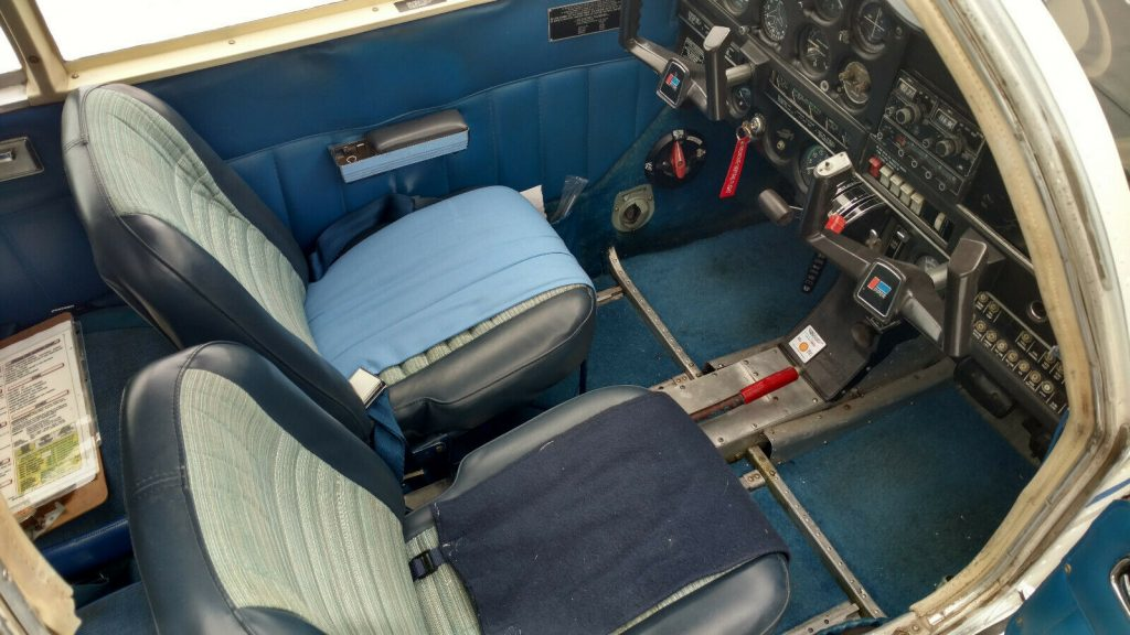 nice and clean 1968 Piper Cherokee 140 aircraft