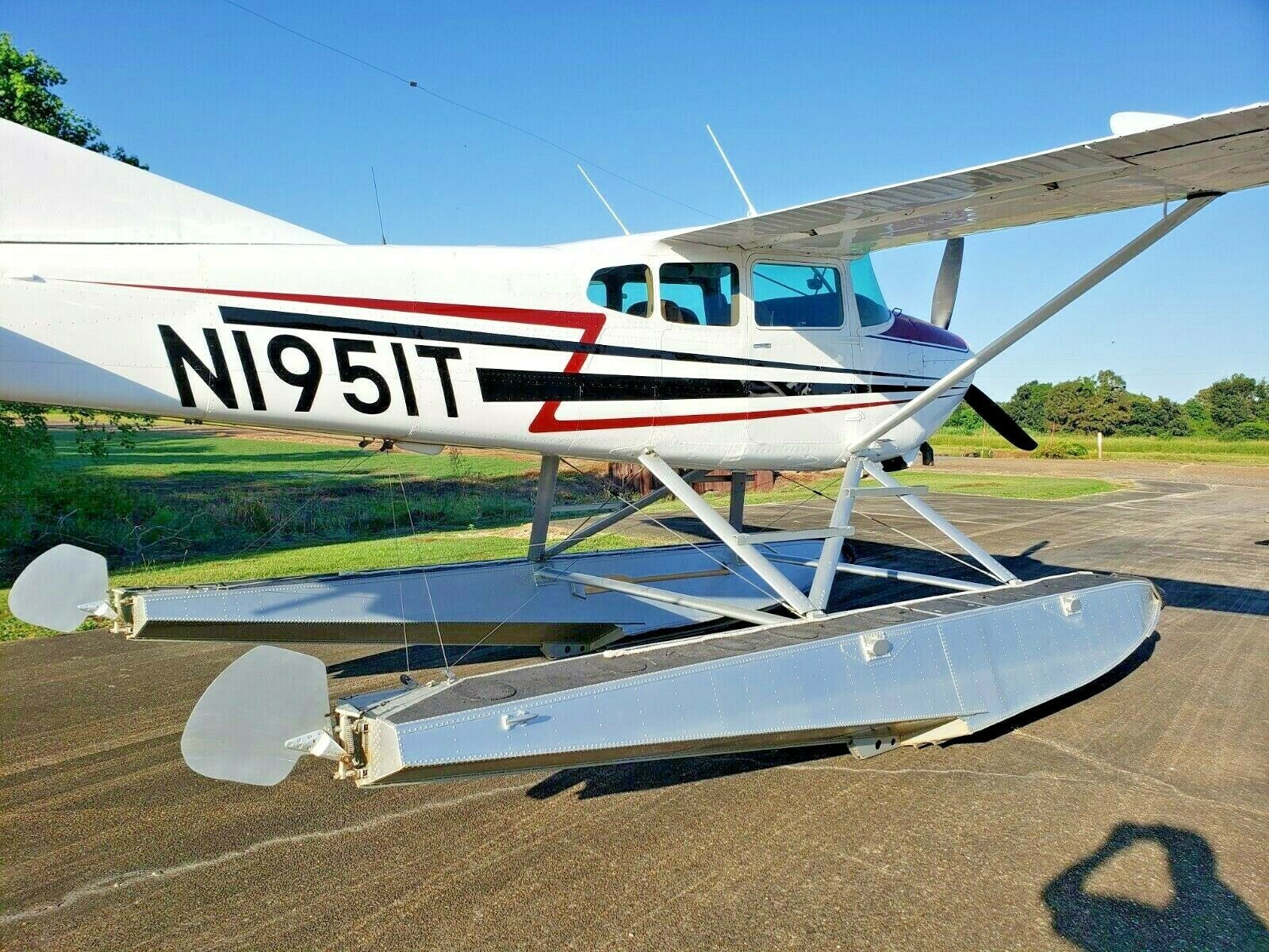 repaired 1980 Cessna A185f Floatplane aircraft