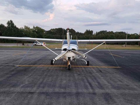 serviced 1987 Cessna TR 182 aircraft for sale