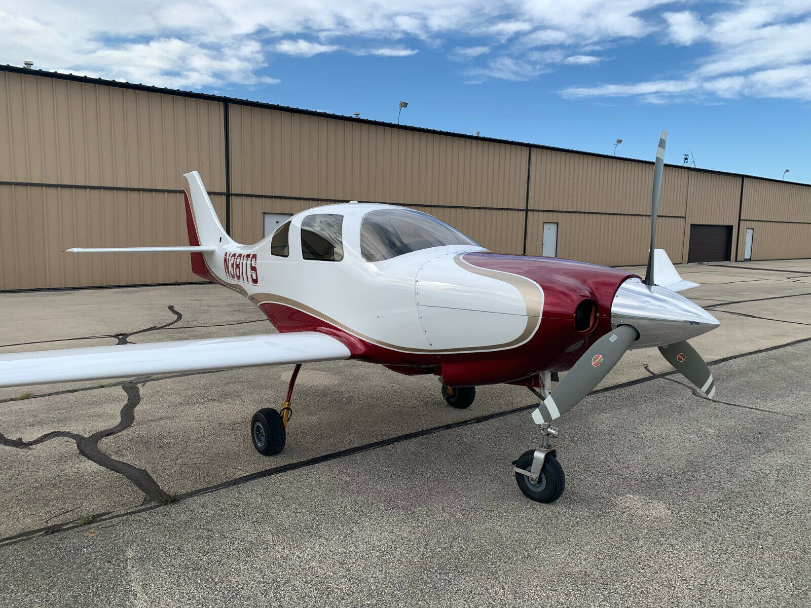 very nice 1998 Lancair IV P aircraft