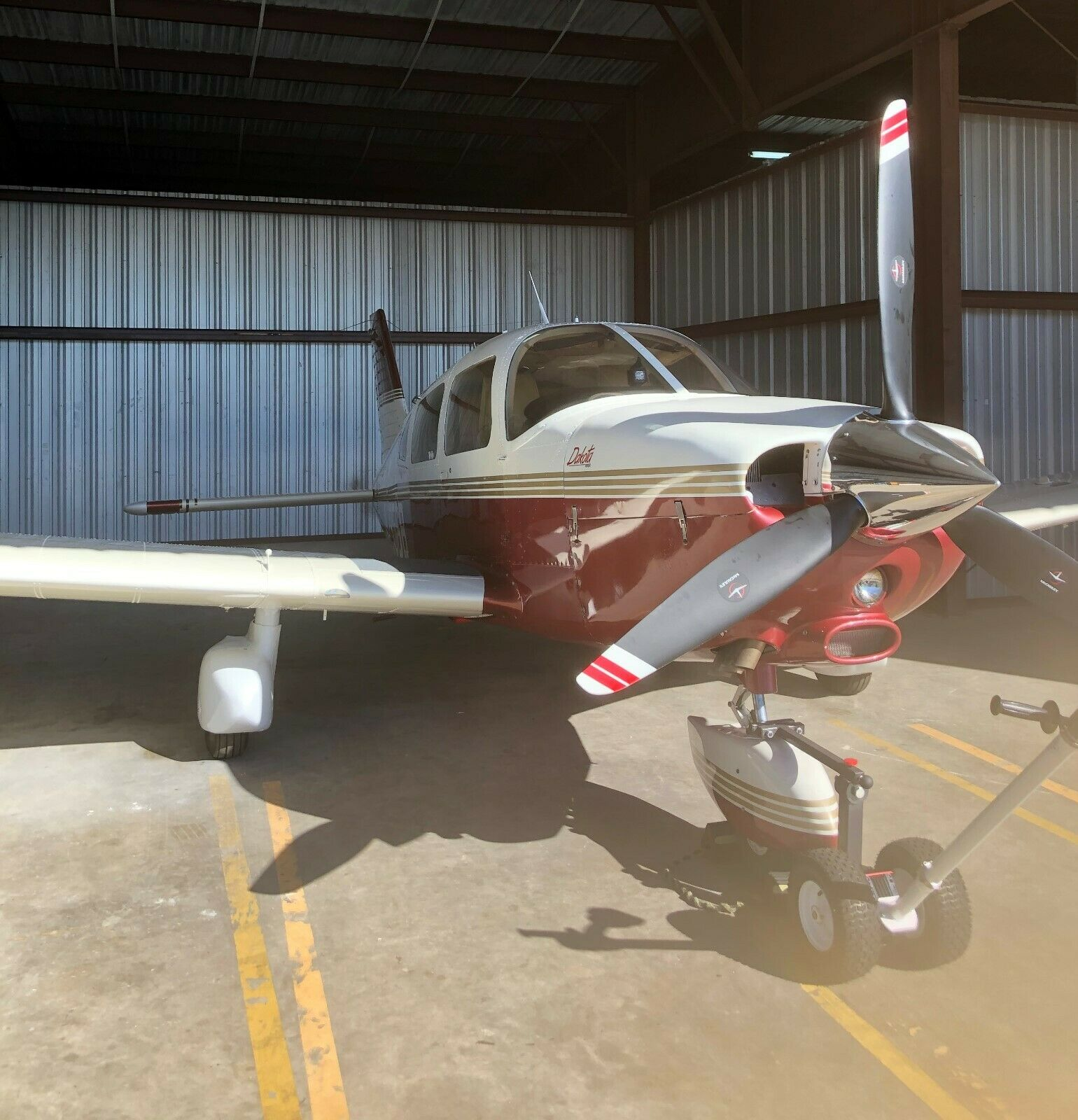 hangared 1979 Piper Dakota 28/236 aircraft for sale
